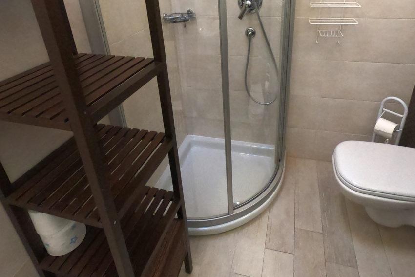 Bad mit Dusche Haus Nr.3