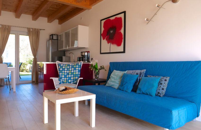 Zona giorno con divano letto per 2 persone - Casa Nr.2