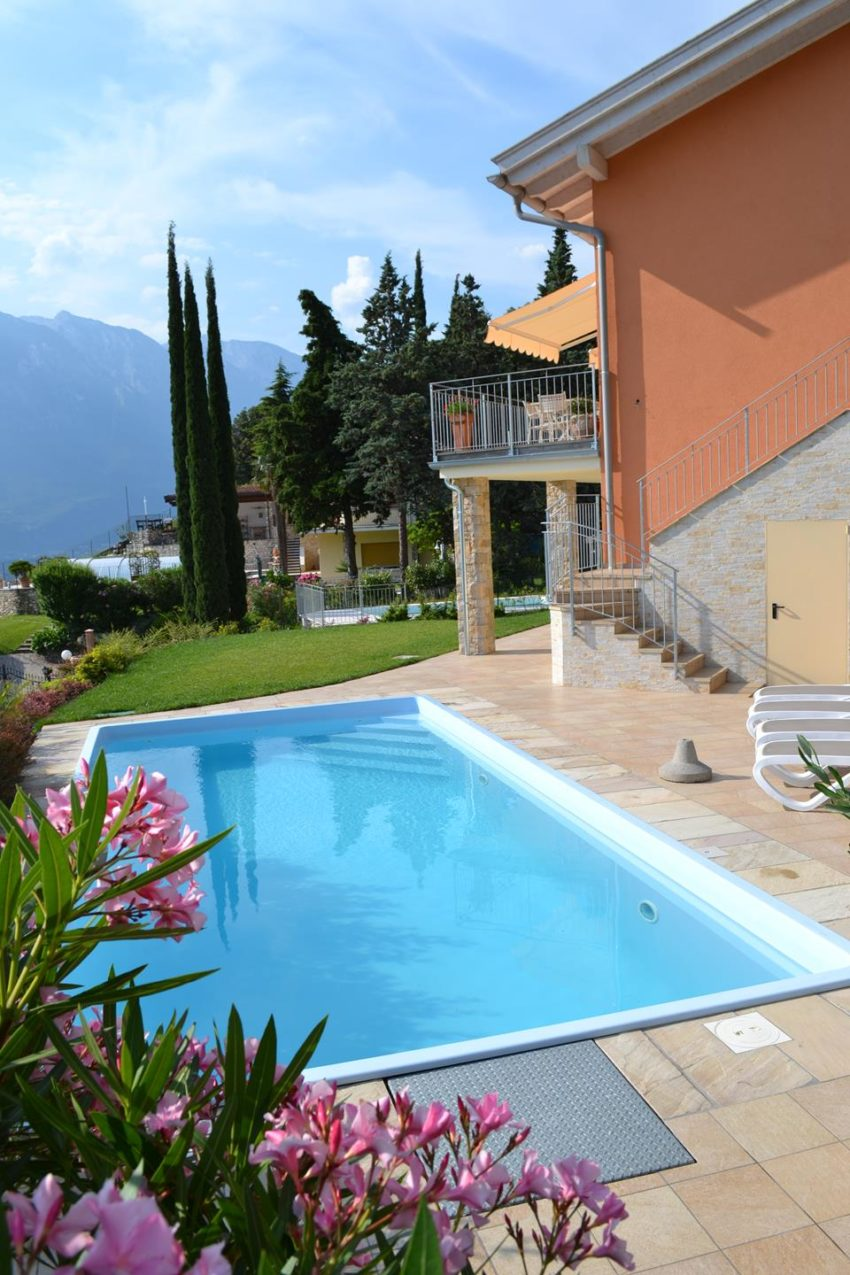 Blick auf den Pool des Casa Maddalena