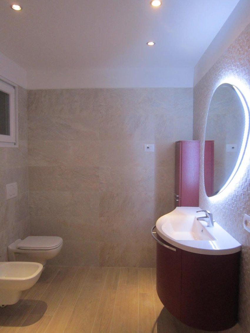 Bad mit Dusche UG Casa Maddalena